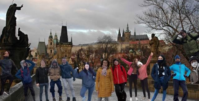 Třída E1 na strastiplné cestě na Pražský hrad a pak ještě dál…