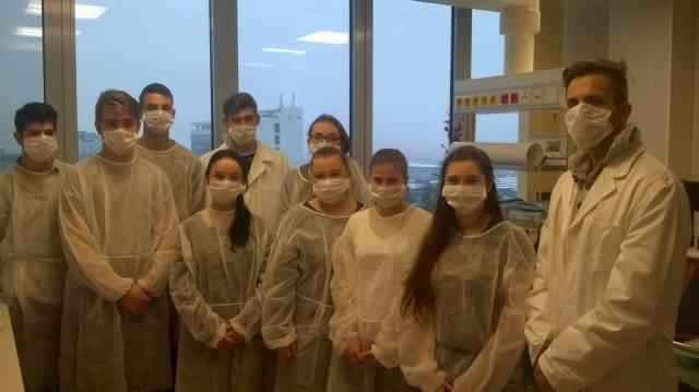 Exkurze třetího ročníku oboru ZA v Endoskopickém centru FN Brno